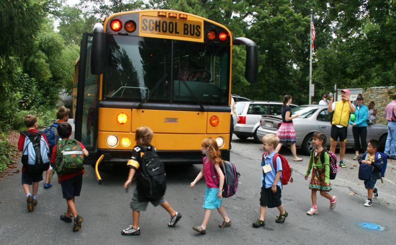 بازگشایی مدارس و تأمین امنیت کودکان در مدرسه