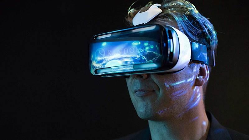 واقعیت مجازی چیست و کاربرد های واقعیت مجازی کدامند؟
