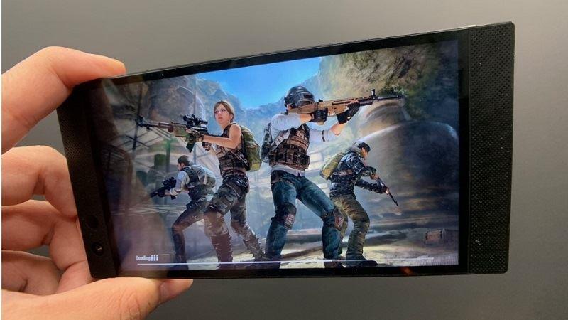 صفحه نمایش  Razer Phone 2