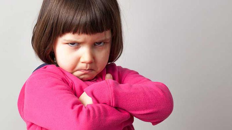 لجبازی کودکان و رفتار مناسب برای کاهش لجبازی آنها