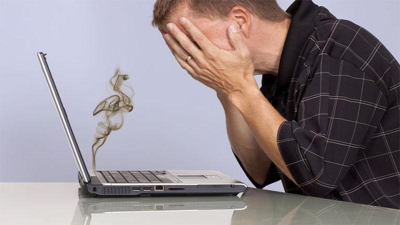 رفع مشکل داغ شدن لپ تاپ به سادگی