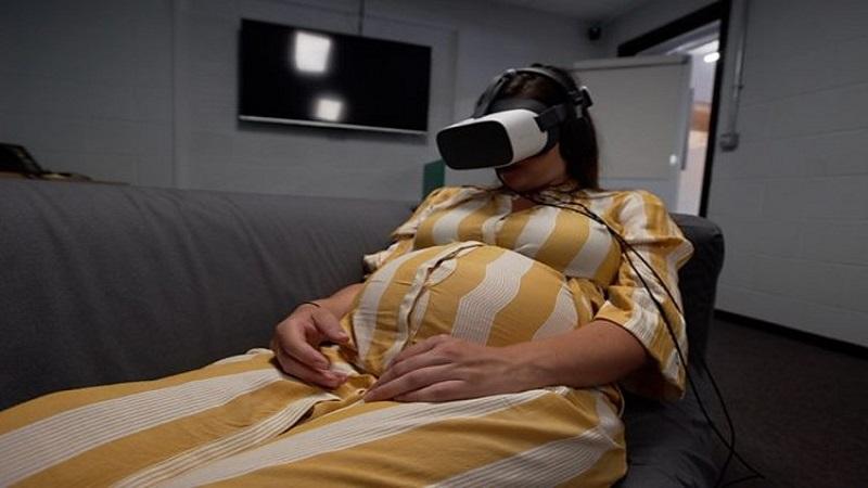 تاثیر استفاده از واقعیت مجازی در کاهش درد زایمان چگونه خواهد بود؟