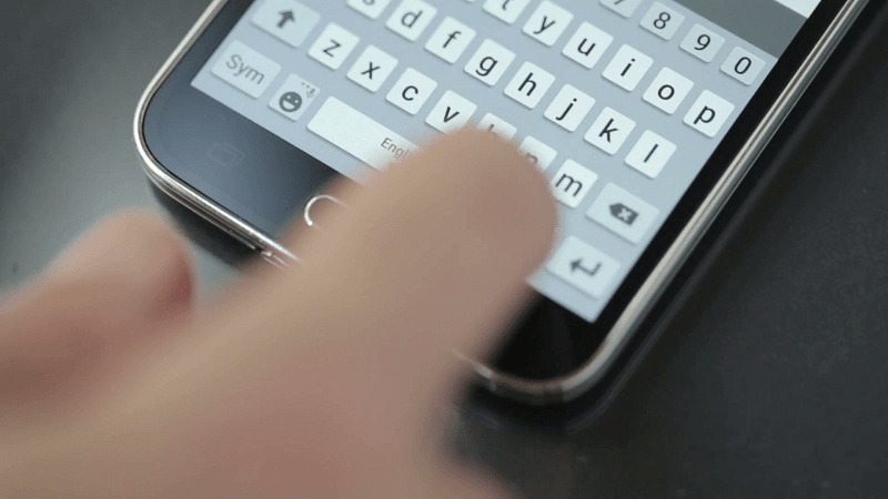 هک موبایل با تایپ کردن در صفحه کیبورد