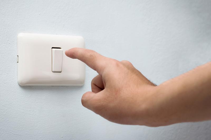 خاموش کردن چراغ ها
