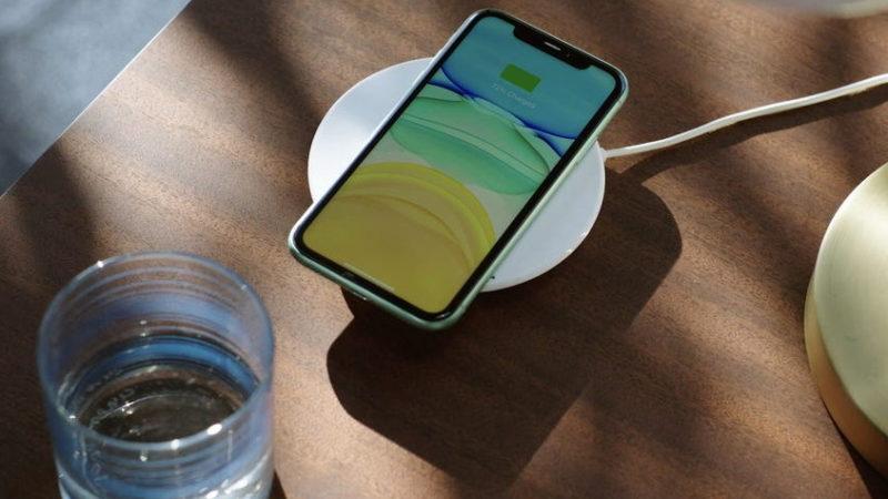 مگ سیف آیفون   هر آنچه باید درباره شارژر MagSafe اپل بدانید